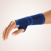 Bort Handgelenkstütze mit eingefasster Daumenaussparung blau